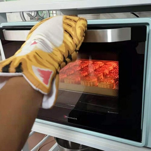 3D Cartoon Animal Cat Paws Oven Mitts Long Sleeves Microwave Heat Resistant Non-slip Gloves Cotton Baking Insulation Gloves