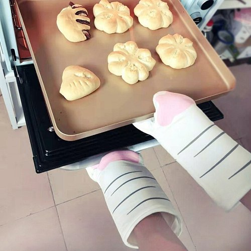 New 3D Cartoon Animal Cat Paws Oven Mitts Cotton Baking Insulation Gloves Long Sleeves Microwave Heat Resistant Non-slip Gloves