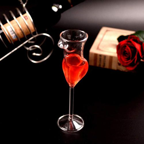 Creative Wine Glass Cup Human Body Shape Bottles Whiskey Beer Glass Cocktail Champagne Glasses Cup For Bar KTV Decor XQ