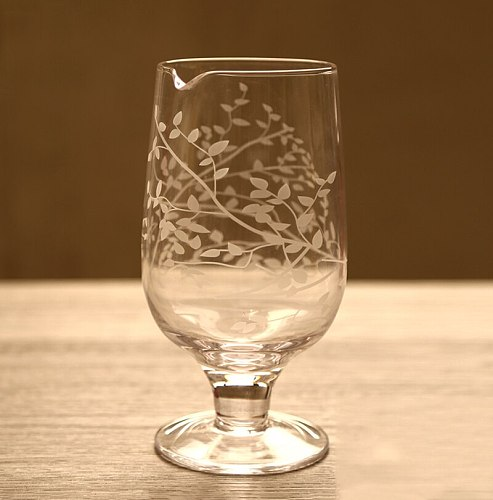 1PCS 750ml Stemmed Cocktail Seamless Mixing Glass