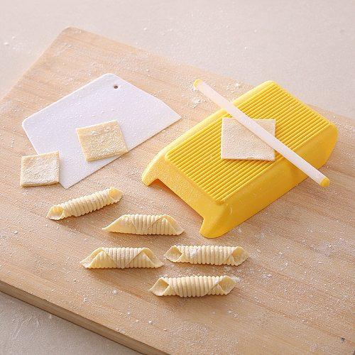 3pcs/set Multi-function Bakeware Sets Home Handmade Cuisine Pasta Board Rolling Pin Scraper Manual Kitchen Baking Pastry Tools