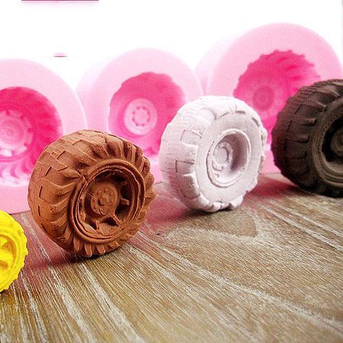 3D Tires Wheel Shape Silicone Cake Mold DIY Sugar Chocolate Fondant Cake Cupcake Baking Mould Kitchen Accessories