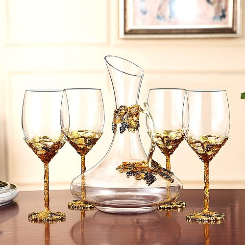 European Enamel Red Wine Glass Cup Gold Retro Goblet Lead-Free Crystal Cups Champagne Glasses Wedding Gift With Gift Box