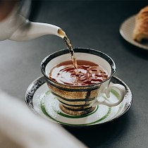 European Coffee Cup Modern Design Bone China Textured Porcelain Tea Cup Set Handpainted Filizanki Do Kawy Home Drinkware QAB50BD