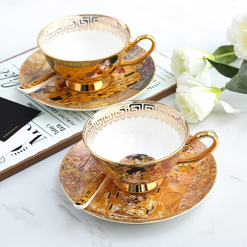 European Elegant Porcelain Coffee Cup with Plate Hight Quality Bone China Flower Tea Cups Saucers Luxury Gift Home Kitchen Decor