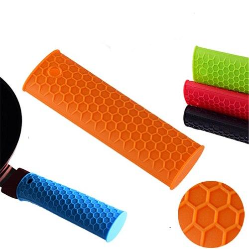 Useful New Saucepan Holder Silicone Pot Pan Handle Saucepan Holder Sleeve Slip Cover Grip Kitchen Utensils Cook Accessories