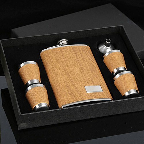Creative 9 Oz Stainless Steel Hip Flask Set With 1 Funnel and 4 Cups Wooden Whiskey Wine Bottle Retro Alcohol Pocket Flagon