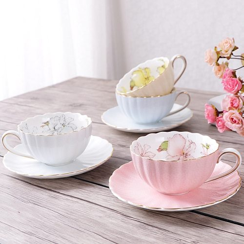 European Coffee Cup Dish Set Color Ceramic Coffee Cup with English Red Tea Cup Fresh Creative Pumpkin Shape Cup Dish Set