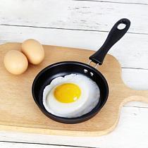12cm Mini Egg Frying Pan Non-Stick Omelette Breakfast Flat Bottom Pan PanCake Maker Kitchen Portable Small Cooking Eggs Tool