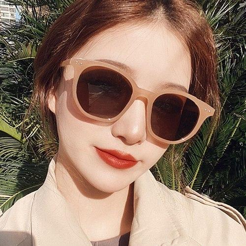 2021 New Fashion Net Red Wild Lady Sunglasses Ivory White Jelly Tea Retro Rice Nail Polygonal Sun Glasses Brand Designer UV400