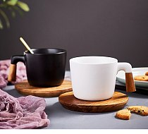 Nordic matte coffee mugs cup set household tea cup with wooden saucer and spoon breakfast milk cup with wooden handle CE / EU