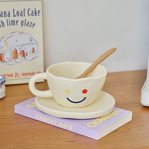 CuteLife Nordic Smile Beige Small Ceramic Coffee Cup One Set Breakfast Milk Tea Drinkware Cup Creative Cute Cup Home Decoration