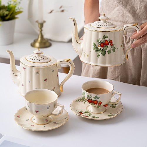 European Retro Coffee Cup and Saucer Ceramic British Phnom Penh Large Tea Cup French Restaurant Bar Cup Set Customization C6M