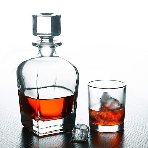 European Crystal Whisky Bottle Glass Red Wine Kettle Wine Pot Whiskey Decanter Wine Beer Containers Glass Bottle Home Bar Tools