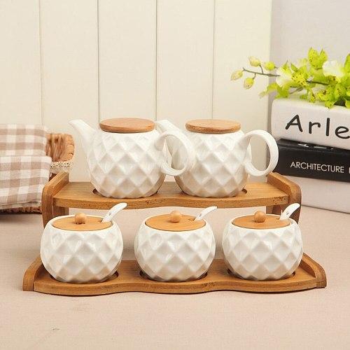 1-6pcs/Set Ceramic Seasoning Jar Kitchen Supplies Spice Box Kit with Wood Tray 190ml Sugar Can Salt Shaker Chili Storage Pot