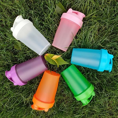 400ML High Quality Shaker Shaker Portable Sports Water Bottle With Stirring Ball Drinkware Accessories