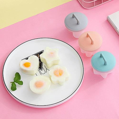 Practical 4 Pcs/Set Cute Egg Poacher Plastic Egg Boiler Kitchen Egg Cooker Tools Egg Mold Form Maker With Lid Brush Pancake