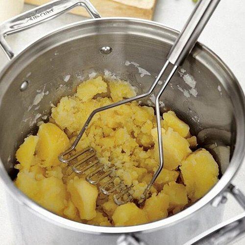 1pcs Stainless Steel Potatoes Mud Pressure Mud Machine Potato Masher Ricer Fruit Vegetable Tools Kitchen Gadgets Accessories