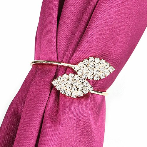 6pcs Wedding Banquet Dinner Napkin Ring Exquisite Flower Rhinestone Holder Hotel Restaurant Dedicated Mouth Cloth Supplies