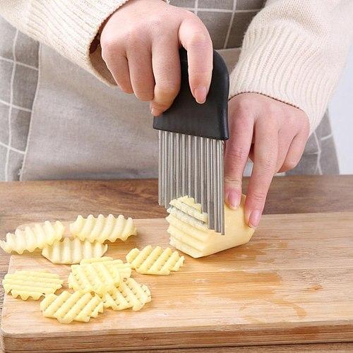 Potato Wavy Cutter Steel Potato Slicer French Fry Cutter Knife Vegetable Cutter Shredder Cutting Tools Kitchen Gadgets
