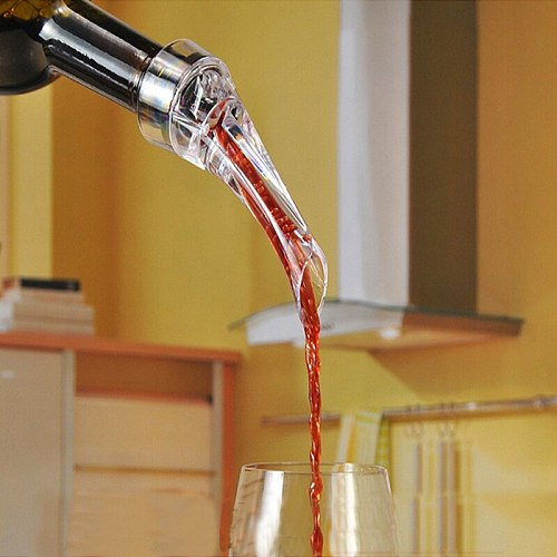 Magic Wine Decanter Red Wine Aerating Pourer Spout Decanter Wine Aerator Quick Aerating Pouring Tool Pump Portable Filter 889356