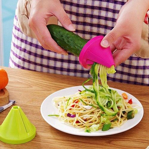New 1PC Kitchen Tools Vegetable Fruit Multi-function Spiral Shredder Peeler Manual Potato Carrot Radish Rotating Shredder Grater