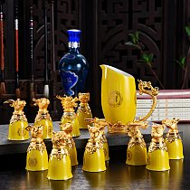 Luxury Chinese Zodiac Wine  Chinese set  Creative Antique Ceramic Distillers Hip flask Wine Cup Set Gift Box Combination 13 PCS