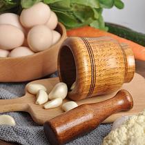 Wooden Garlic Pot Kitchen Gadgets Household Garlic Mortar Pestle Bowl Pot Pounder Pugging Set and Garlic Pedestal C9E0