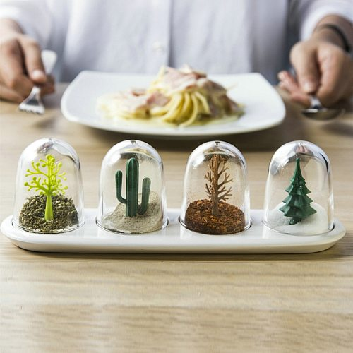Four Seasons Plant Spice Jar 4 pcs/set Creative Animals Seasoning Bottle Salt Sugar Pepper Shaker Cooking Tools Kitchen Supplies
