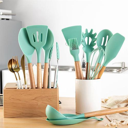 Mint Green Kitchen Utensil Non-Stick Wood Handle Cooking Utensil Premium Silicone Material Baking Spatula Spoon Kitchen Supplies
