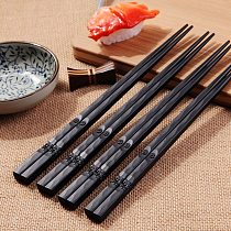 1 Pair Japanese Chopsticks Alloy Non-slip Sushi Food Sticks Chopreusable Chinese Gift Reusable Tableware Gift Kitchen Tools #38