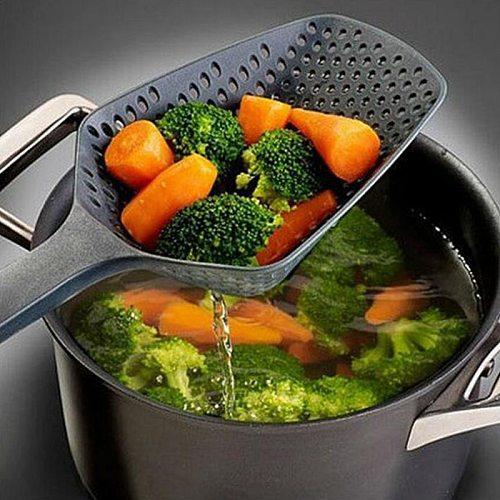 1 Piece Scoop Strainer Colander Plastic Soup Spoon Noodles Forks Cooking Shovels Pasta Filter Spoon Vegetable Kitchen Tools