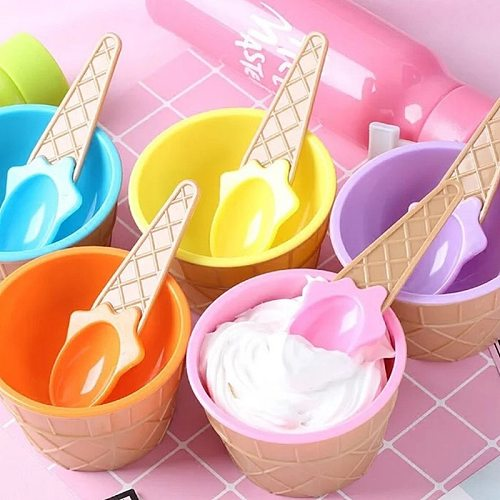 1 Set kids Ice Cream Bowls Ice cream Cup Plastic Color Storage Boxes Couple Bowl Gifts Dessert With A Spoon
