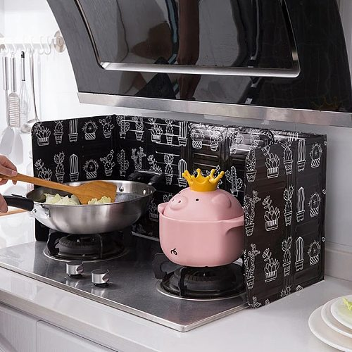 Kitchen Frying Pan Oil Splash Protection Screen Aluminum Foldable Kitchen Gas Stove Baffle Plate Kitchen Specialty Accessories