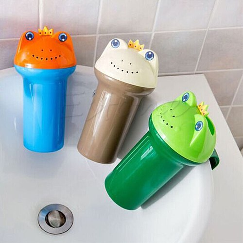 Cute Frog Wash Hair Cup Plastic Thickening Baby Head Washing Shampoo Cup Infant Shower Water Toy for Kid Bath Wash Head Scoops