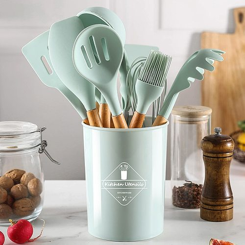 Silicone Kitchenware Cooking Utensils Set 5/10/12Pcs Non-stick Spatula Set With Wooden Handle Kitchen Baking Tools Accessories