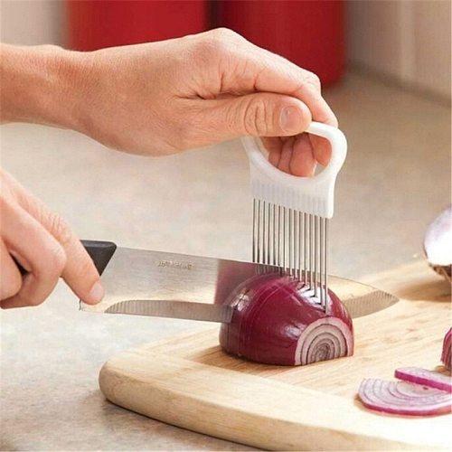 1Pcs Shrendders & Slicers Tomato Onion Vegetables Slicer Cutting Aid Holder Guide Slicing Cutter Safe Fork Kitchen Accessories.