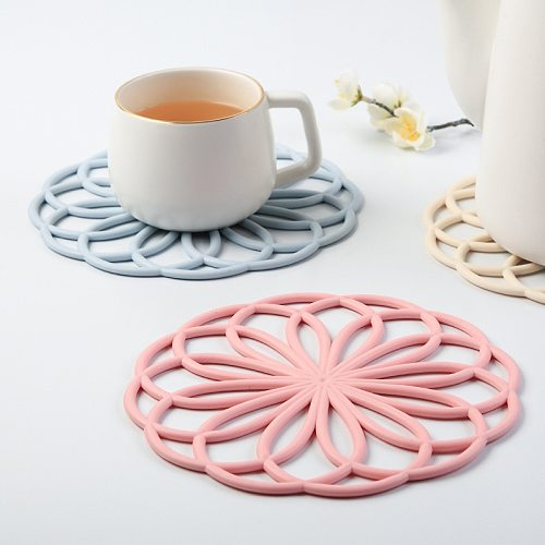Rubber Trivet Mat Heat Insulating Hollow Flower Pot Pad Cup Coaster Pot Coaster Cup Coaster Silicone Cup Pad Table Accessories