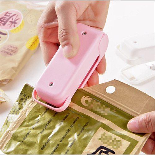 WSOMIGO Pink Mini Sealer Kitchen Accessories Cozinha Kitchen Gadget Home Sealing Machine Kitchen Tool Snack Bag  Heat Sealer-S