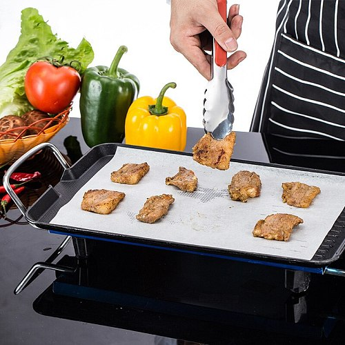 Household Barbecue Greaseproof Paper Food Barbecue Greaseproof Paper Kitchen Baking Bread Pastry Greaseproof Paper