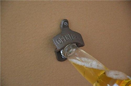 Wall-mounted cast iron beer bottle opener bottle cap opening tool kitchen beer bottle opener kitchen artifact
