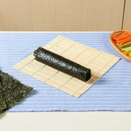 1PC home Sushi Mat Reusable DIY Japanese Sushi Maker Bamboo Rolling Mat Sushi Rolls Tools Household Kitchen Tools Rice Roll Mold