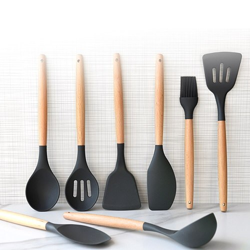 Silicone Spatula Kitchen Set Shovel Cooking Utensils Wooden Handle Kitchenware Turners Kit Baking Tools Spoon with Bucket