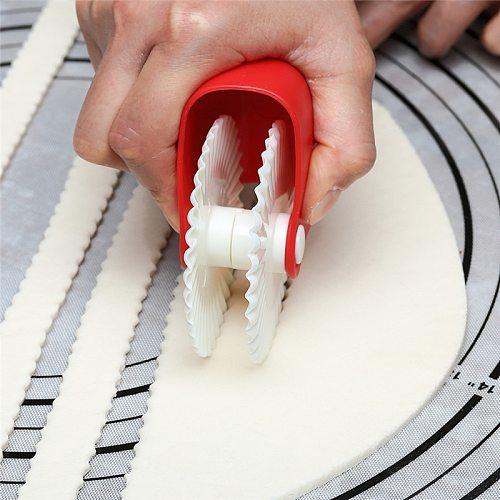 Kitchen Helper DIY  Biscuits Maker Dough Cutting Roller Tools Kitchen Accessories Utensils Kitchen Gadgets Tools for Convenience