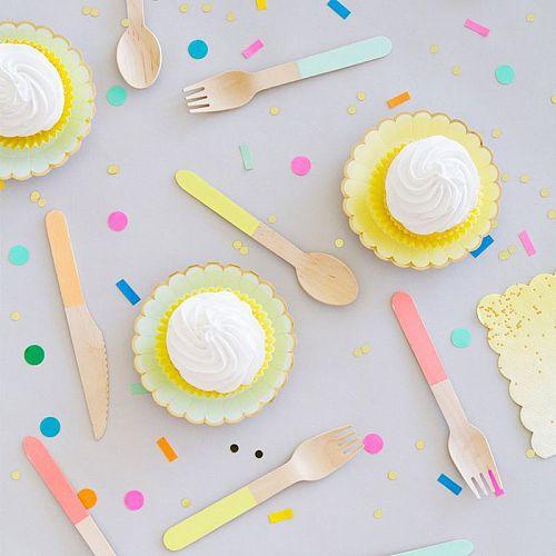 24pcs/Set Disposable Wooden Tableware Forks Spoons Knife Cutlery Set Wedding Birthday Party Tableware Dessert Pitchfork