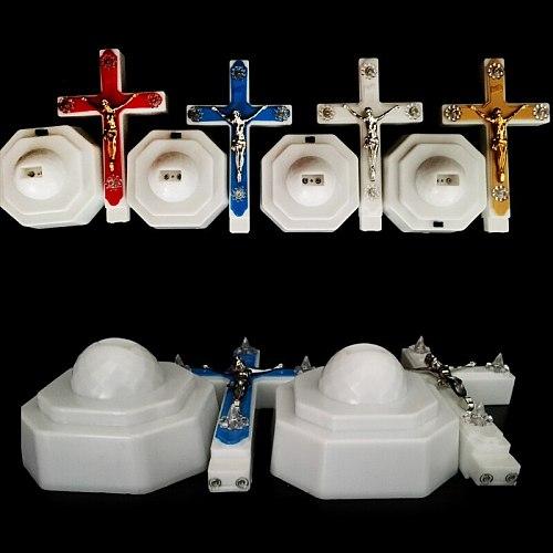 High quality plastic European Style Boutique LED Light Christ Jesus Lcon Cross Home Church Pray Ornaments Church Souvenirs