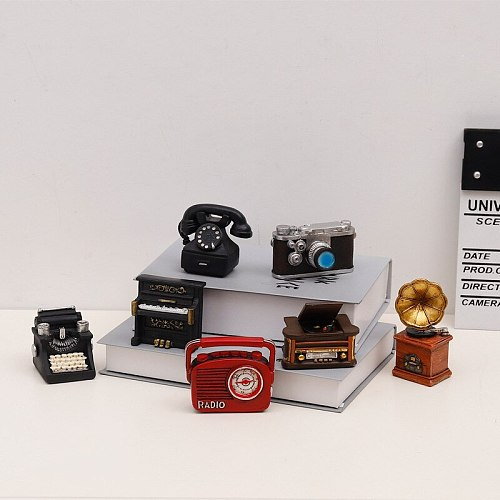 Retro Mini Ornaments Home Decoration Accessories Tiny Vintage Piano Typewriter Phonograph Radio Telephone Small Retro Furniture