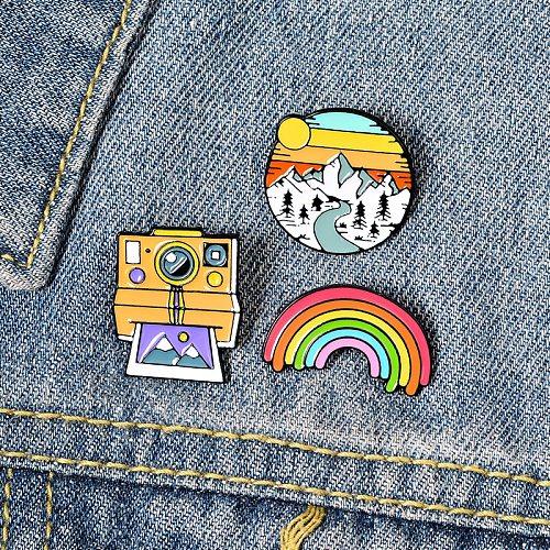 Rainbow Camera Landscape Lapel Pin Student Cartoon Cute Outdoor Pin Cartoon Brooch Badge Rainbow Camera Snow Mountain Brooch