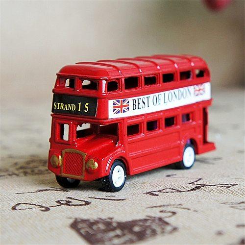 Vintage British Europe Bus Model Miniature Red Green Pencil Sharpener London Metal Retro Home Decoration Antique Children Toy