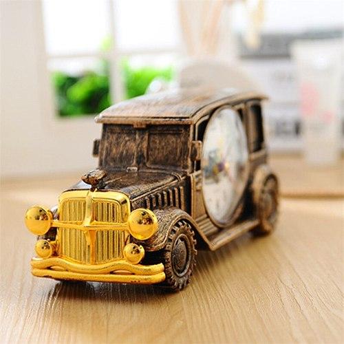 Creative Retro Night Light Creative Alarm Clock Living Room Bedside Mute Table Clocks Kids Gift Classic Car Design Table Watch
